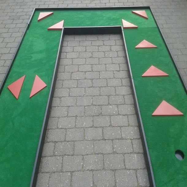 9 HULS MINIGOLFANLÆG  MODEL FINLAND